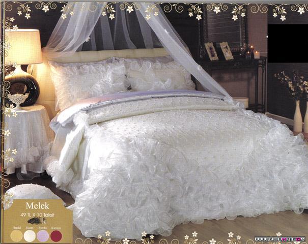 صورة فراشات العرائس , صور اروع مفارش للعرائس