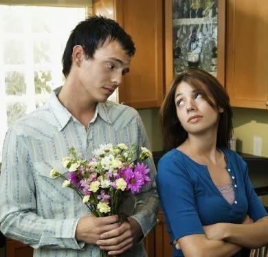 صورة الاعتذار ضعف ام حب , كيف تعتذر من حبيبتك