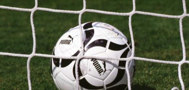 ما هي لعبه كره القدم