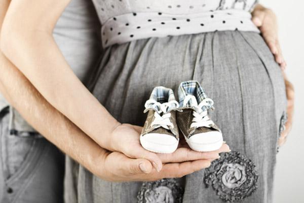 صورة هل يحدث تبويض اثناء الحمل , متى يحدث الحمل هل في ايام التبويض