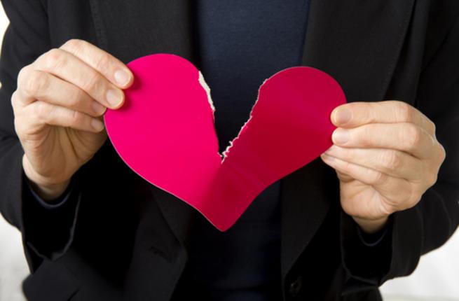 صورة ما هو الحب من طرف واحد , الحب لما يدق قلب مبيفرقش حتي لو من ناحية شخص واحد