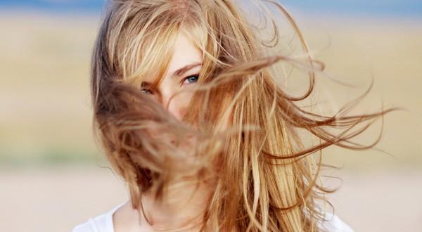 صورة ماسك لتفتيح لون الشعر , السر الطبيعي لشعر افتح بسرعة
