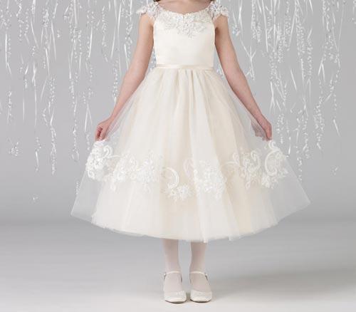 صورة فستان ابيض في الحلم ابن سيرين , تفسير منام فستان الزفاف