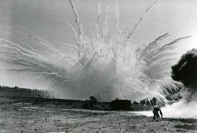 صورة من اول من استخدم الغازات السامة في الحروب , خطر يفوز فالحرب aeca309873b08b38534f5b1a19e0a561