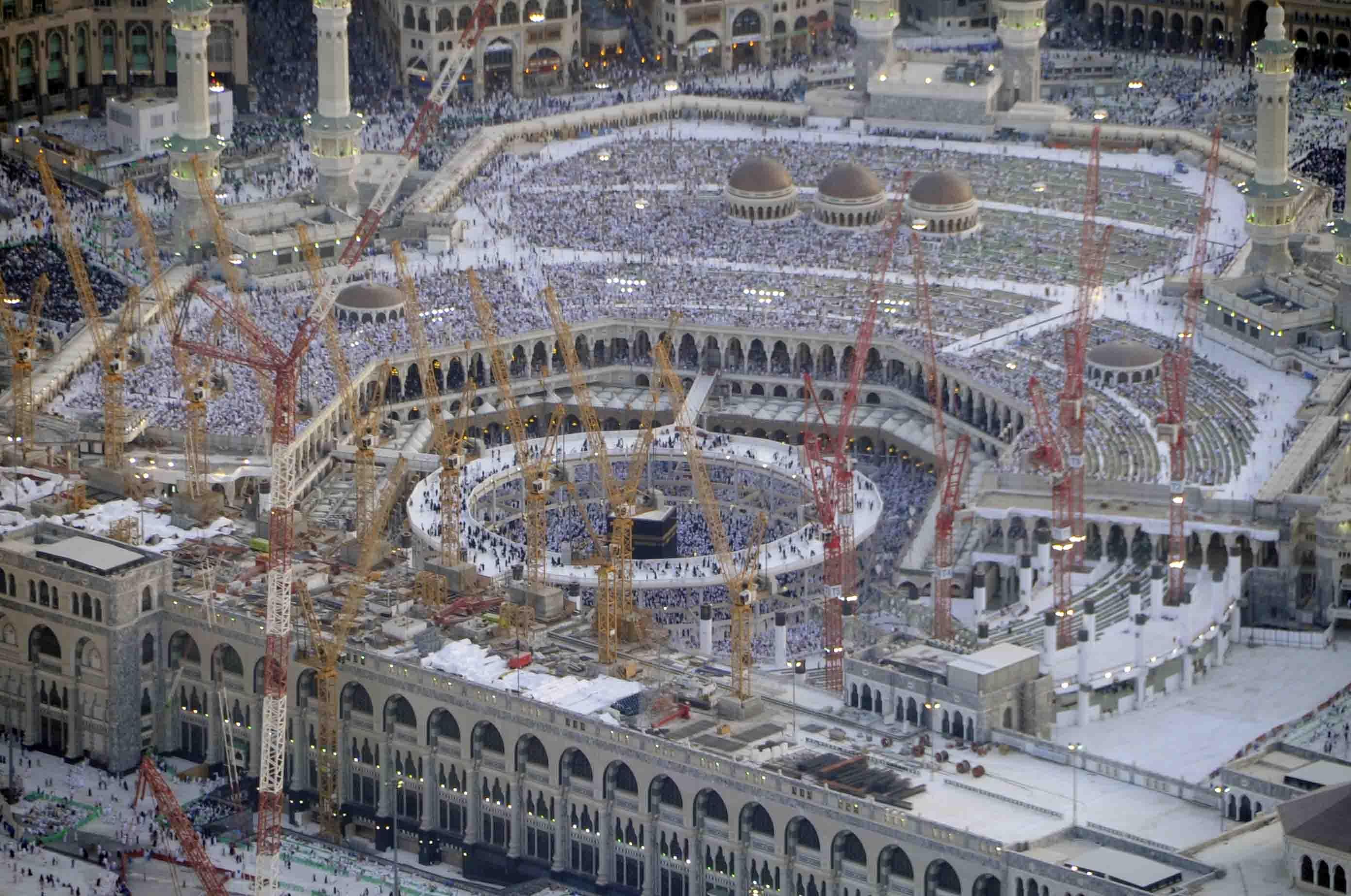 صورة التوسعة الجديدة للمسجد الحرام , مشاريع التوسعات في بيت الكعبة الشريف