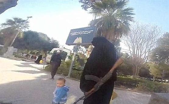 """بالصور.. <p></a></p>طرق تعذيب """"داعش"""" للنساء المخالفات لجهاد النكاح"""