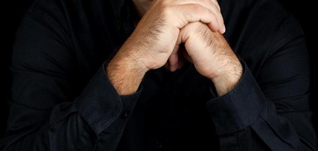 تعريف القلق  اعراض القلق النفسي