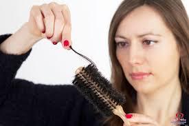صورة تفسير حلم سقوط الشعر