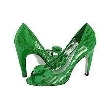 بالصور تفسير حلم الحذاء download 431