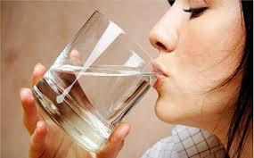صورة تفسير حلم شرب الماء