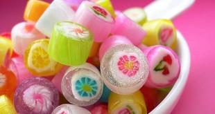 صورة رؤية اكل الحلويات في المنام