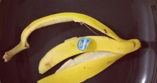 صورة بشرة نقية و بمكون واحد لن تتخيل ماذا يكون , فوائد قشرة الموز للبشرة