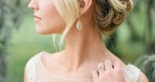 صورة تسريحة شعر العروس , العروس لها شعر مميز