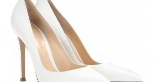 صورة الحذاء الابيض