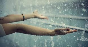 صورة تفسير رؤية المطر الغزير في المنام لابن سيرين