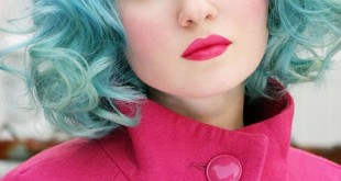 صورة صبغة زرقاء للشعر , اللون الازرق يجنن