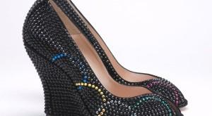 صورة احذية امريكية 2019 , بالخرز اصنع حذاء جذاب