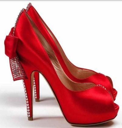 صور تفسير الحذاء في المنام للمتزوجه , حكم تاويل الشوز للسيدات