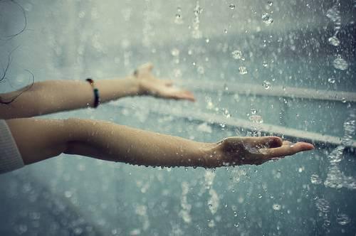 بالصور تفسير رؤية المطر الغزير في المنام لابن سيرين 13377
