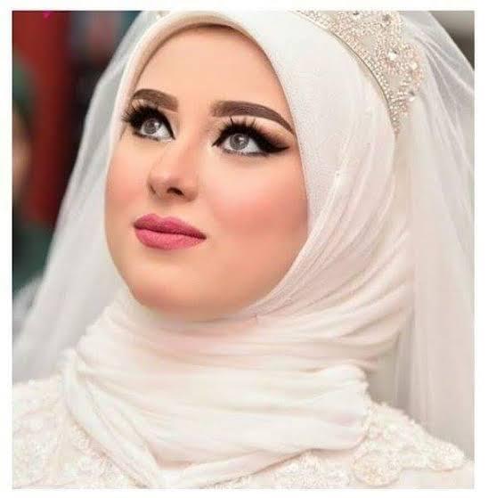 صور مكياج عرائس , طرق وضع مكياج العروس بالصور