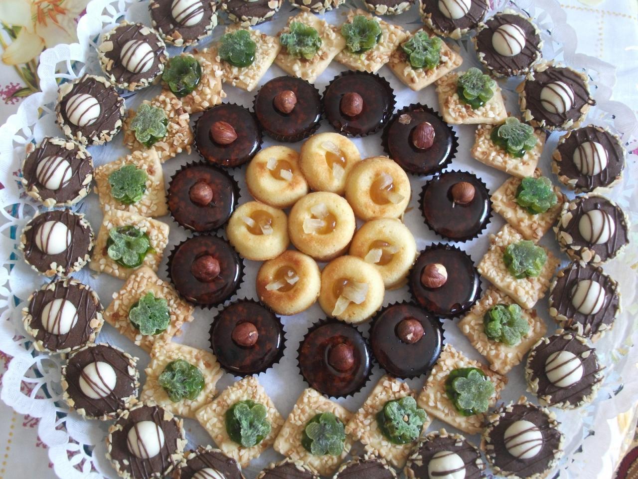 صورة حلويات سميرة، شاهد الذ انواع الحلويات